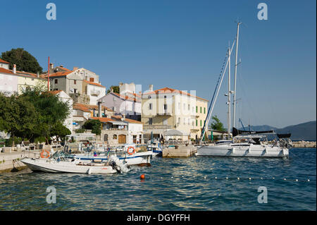 Boats in the fishing village of Valun, Cres Island, Adriatic Sea, Kvarner Gulf, Croatia, Europe - Stock Photo