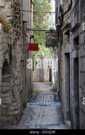Narrow alleyway, old town, Trogir, Croatia, Europe - Stock Photo