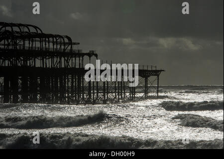 Brighton, UK. 28th Oct 2013. Still standing - Brighton's iconic West Pier in the aftermath of the storm. Brighton - Stock Photo