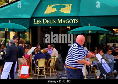 Les Deux Magots Restaurant, Paris, France - Stock Photo