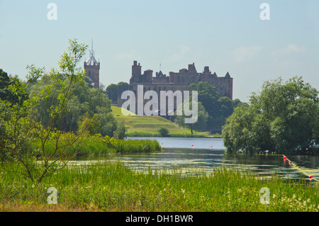 Palace, Linlithgow, loch, West Lothian, Scotland, UK - Stock Photo