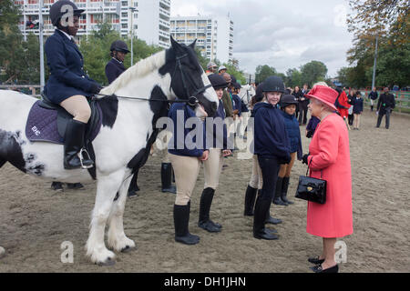 Brixton, south London 29 Oct 2013: Queen Elizabeth made a brief visit to the Ebony Horse Club at Loughborough Junction, - Stock Photo