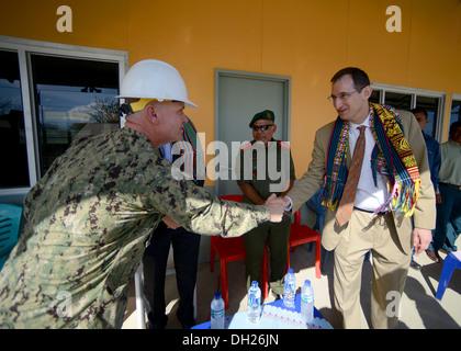 METRINARO, Timor-Leste – (Oct. 28, 2013) U.S. Navy Capt. Rod Moore, commodore of the Naval Construction Group's - Stock Photo