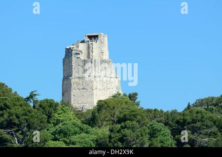 Roman Tour Magne or Magne Tower in Jardins de la Fontaine Nimes France - Stock Photo