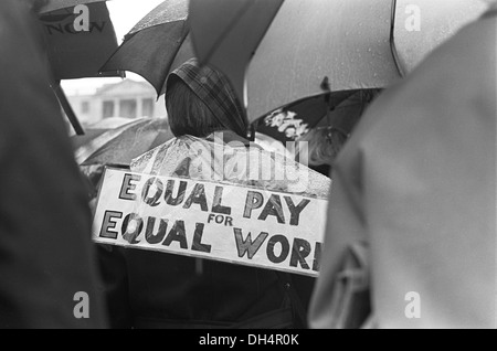 Womens Rights. Equal Pay for Women. Rally Trafalgar Square London England 1968. 1960s England. HOMER SYKES - Stock Photo