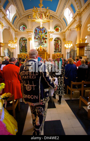 Pearly King and Queens Harvest Festival, London, England - Stock Photo
