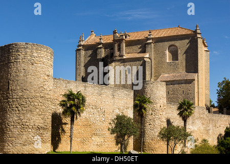 CHURCH IGLESIA DEL ESPIRITU SANTO RONDA ANDALUCIA SPAIN AND CITY WALLS - Stock Photo