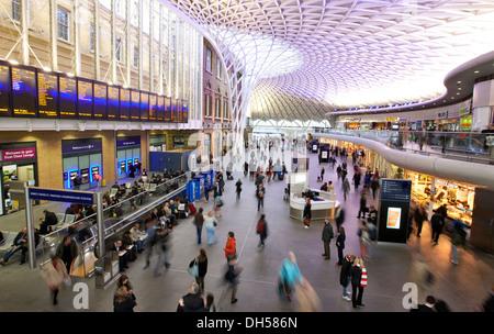 Kings Cross railway station London UK - Stock Photo