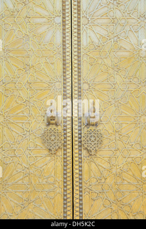 Door of the royal palace, Palais Royal, Dar el-Makhzen, at Place des Alaouites in Fes Djedid, Fes, Morocco, Africa - Stock Photo