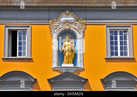 Madonna and Child above the entrance, Rheinische Friedrich-Wilhelms-Universitaet or University of Bonn, former electoral - Stock Photo