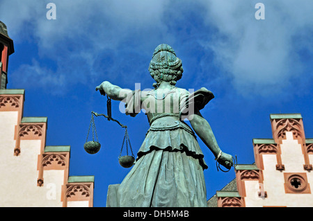 Goddess Justitia as a fountain figure, Gerechtigkeitsbrunnen, fountain of justice, Roemerberg square, historic district - Stock Photo
