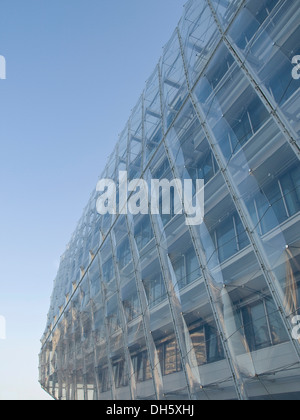 Facade of the Unilever headquarters in the HafenCity district, Hamburg - Stock Photo