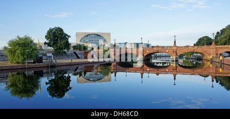 Bundeskanzleramt or Federal Chancellery, Regierungsviertel government district, Berlin - Stock Photo