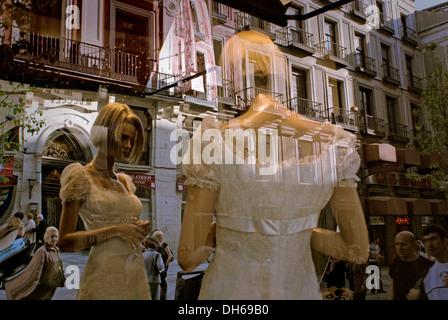 Window dummy in wedding dress, shop window, Arenal Street, Madrid, Spain, Europe - Stock Photo