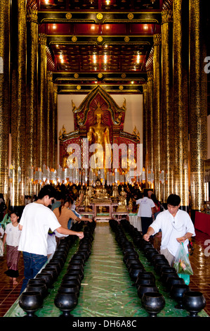 Offerings, coins, Wat Chedi Luang, Chiang Mai, Thailand, Asia - Stock Photo