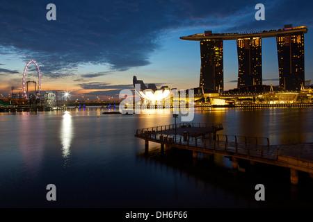 Sunrise at Marina Bay Singapore. - Stock Photo
