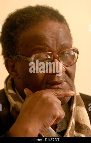 Credo Mutwa. Sanusi, traditional healer and author. South Africa.Photograph : John Hogg. - Stock Photo