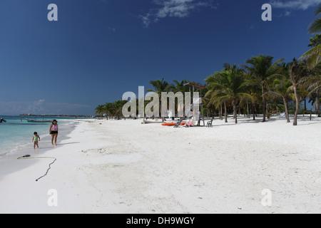 The beach at Akumal, Riviera Maya, Mexico - Stock Photo