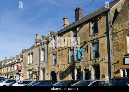 The White Hart Hotel, Bar and Restaurant in the Cotswold town of Stow-on-the-Wold - Stock Photo