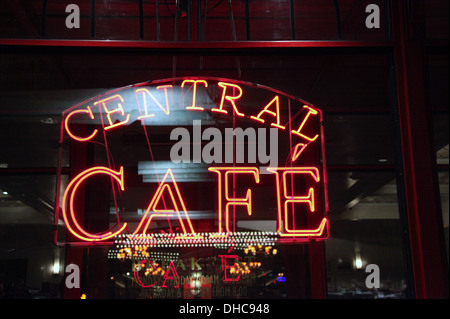 Central Cafe in Pershing Square at the heart of New York City - Stock Photo