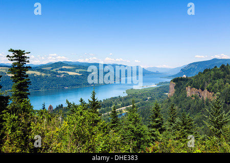 View over Columbia River Gorge from historic Columbia River highway looking towards Crown Point and Vista House, - Stock Photo