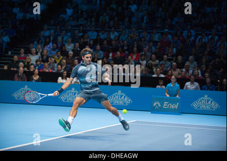 London, UK . 07th Nov, 2013. Roger Federer (SUI) in action playing Richard Gasquet (FRA) at the Barclays ATP World - Stock Photo