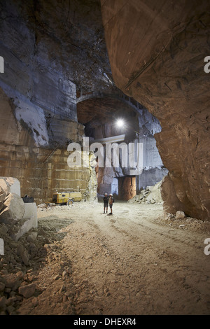 Workers in a marble quarry - Stock Photo