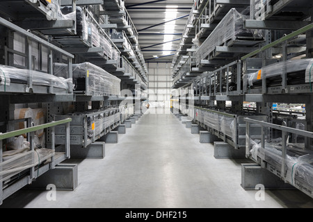 Products aisle in engineering warehouse - Stock Photo