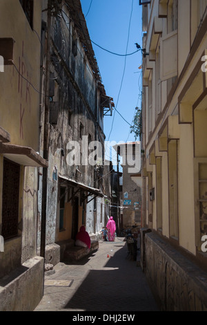 Street in the old town of Mombasa in Southern Kenya - Stock Photo
