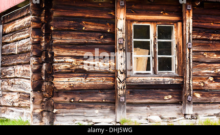Old timber cabin at Dovrefjell, Norway. - Stock Photo