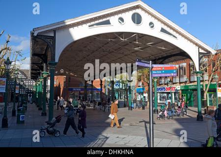 Golden Square, Warrington, Cheshire - Stock Photo