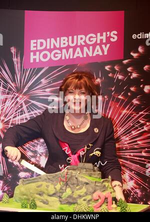 Edinburgh, UK. 12th Nov, 2013. Photocall Edinburgh's Hogmanay celebrates 21st birthday and launches the 2013/2014 - Stock Photo