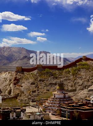 View of the Kumbum chorten (Stupa) & Palcho Monastery, Gyantse, Tibet, China, Asia - Stock Photo