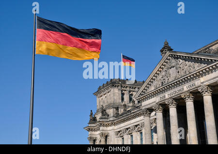 (FILE) - An archive picture, dated 19 March 2011, shows the German national colours swaying in the wind in front - Stock Photo
