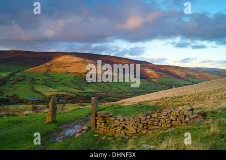 UK,Derbyshire,Peak District,View across Hope Valley from Hollins Cross - Stock Photo