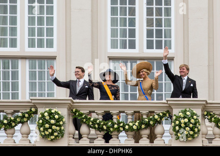 Netherlands, The Hague, Royal family greeting the public from the balcony of palace called Noordeinde. - Stock Photo