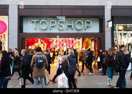 The Topshop flagship store at Oxford Circus, London. - Stock Photo