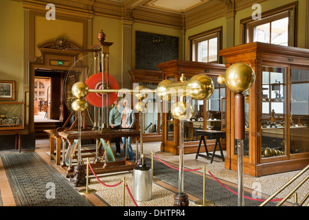 Netherlands, Haarlem, Teylers Museum, on the tentative list of UNESCO list of World Heritage Sites, electrical machine - Stock Photo