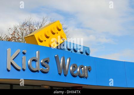 Sign 'Kids Wear' at Legoland, Windsor, UK - Stock Photo