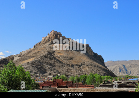 Gyantse Dzong fortress Tibet China - Stock Photo