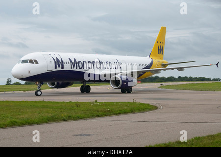 Monarch Airlines Airbus A321-200 taxiing to terminal - Stock Photo