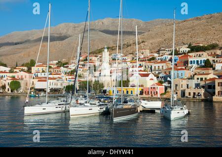 Griechenland, Dodekanes, Insel Chalki, Nimborio (Emborio), Yachthafen - Stock Photo
