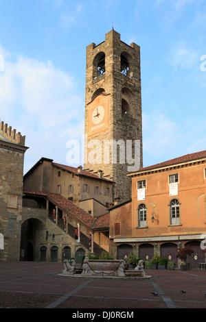 il Campanone Civic tower in Piazza Vecchia, Bergamo Alta, Italy. - Stock Photo