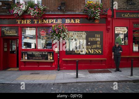 The Temple Bar Pub, Temple Bar, Dublin Ireland - Stock Photo