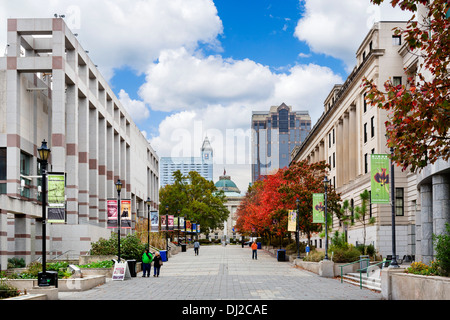 Museums and galleries on Bicentennial Plaza in downtown Raleigh, North Carolina, USA - Stock Photo