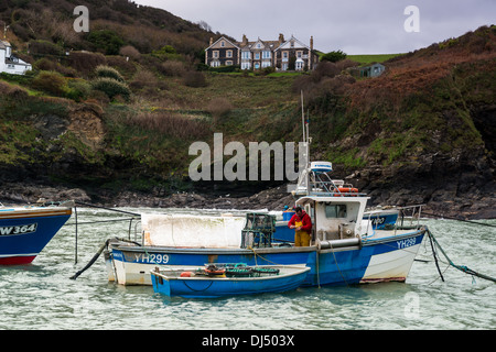 Fishing boats in the harbour at Port Isaac, Cornwall - Stock Photo