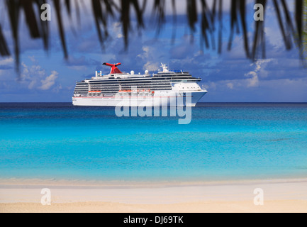 Cruise line ship in Caribbean sea - Stock Photo