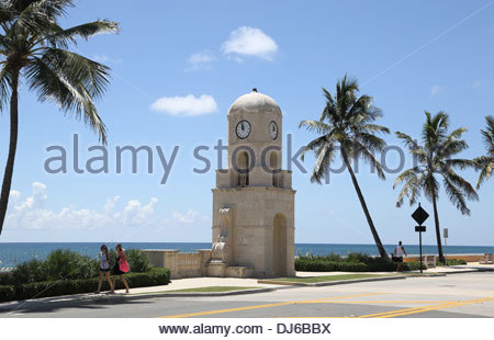 palm beach on the florida coast - Stock Photo