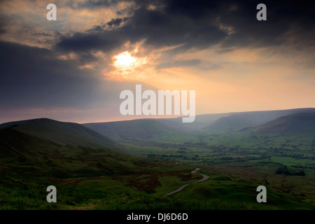 Sunset over the Vale of Edale, Edale Valley, Peak District National Park, Derbyshire Dales, England, UK - Stock Photo