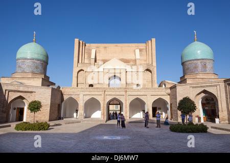 Barak Khan Madrasah, Hazrati Imom Complex, Hazrati Imom Square, Tashkent, Uzbekistan - Stock Photo